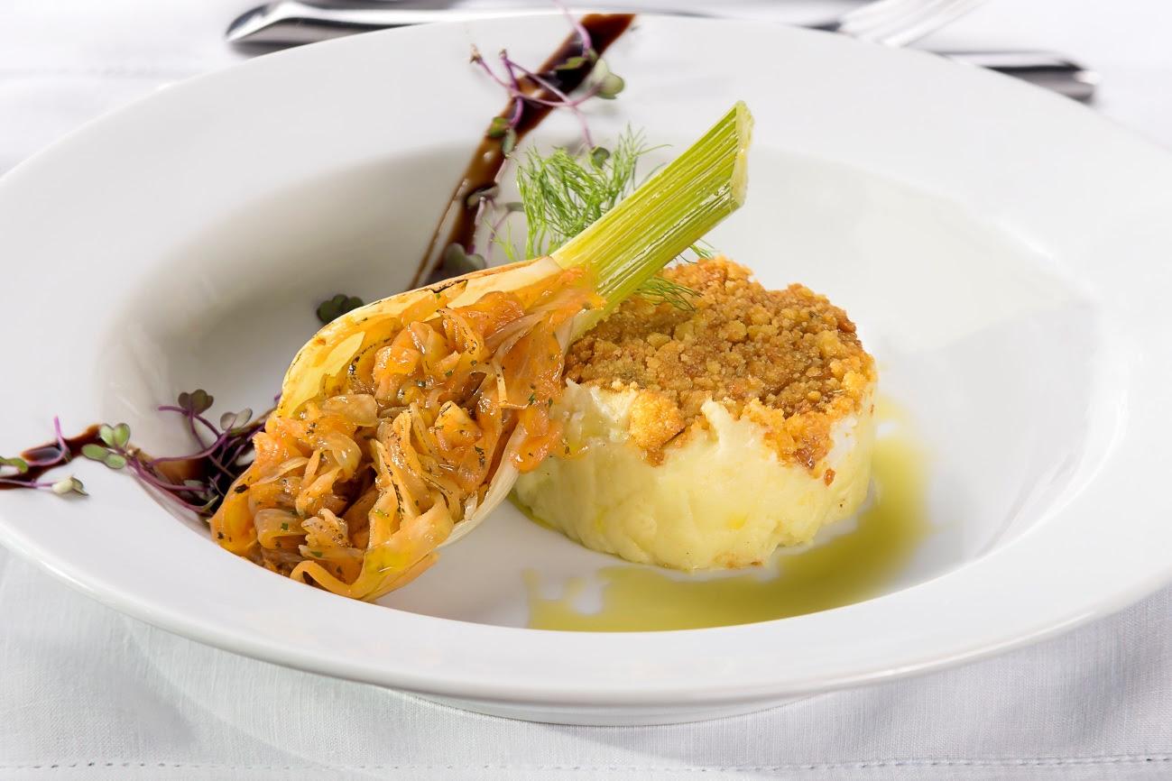 Receita de bacalhau com erva-doce em crosta de broa de milho